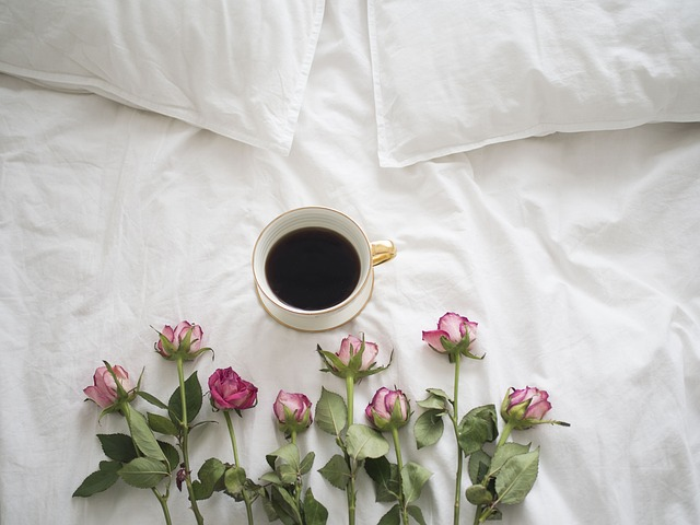 Coffee, Roses, Bed, Porcelain, A Cup Of Coffee, Teacup