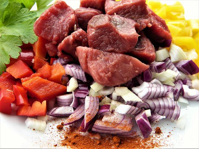 Beef, Paprika, Onion, Parsley, Spices, Food, Eat, Meat