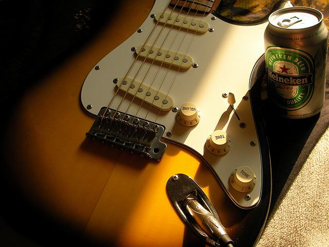 Guitar, Stratocaster, Beer, Heineken, Electric Guitar