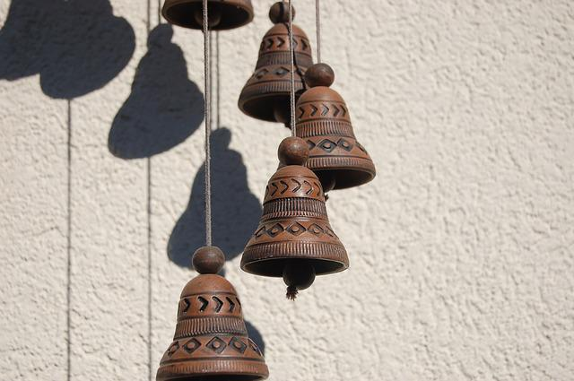 Rattle In The Wind, Bells, Rattles, Campanella