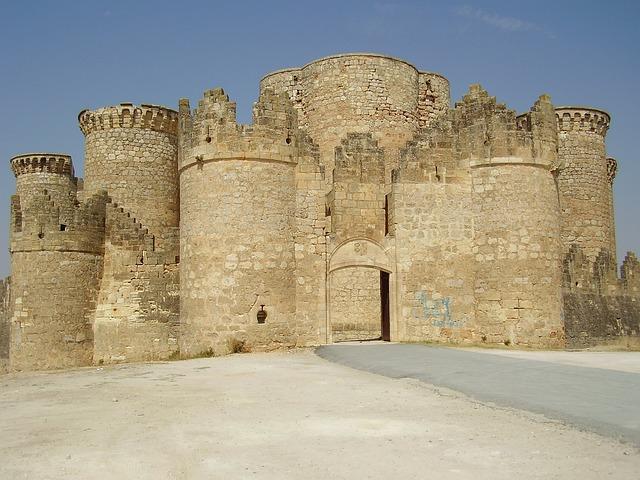 Belmonte, Basin, Castle