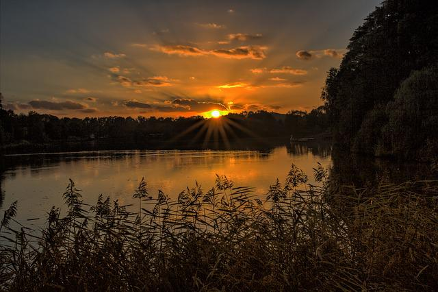Gelsenkirchen, Berger Lake Mountains Castle, Evening