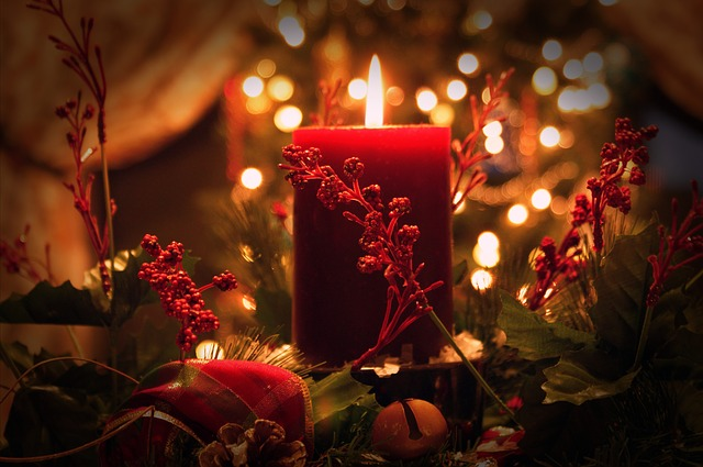 Christmas, Candle, Red, Green, Flame, Berries, Holiday