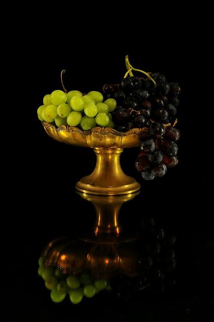 Grapes, Bianca, Black, Amphora, Tray, Nature, Food