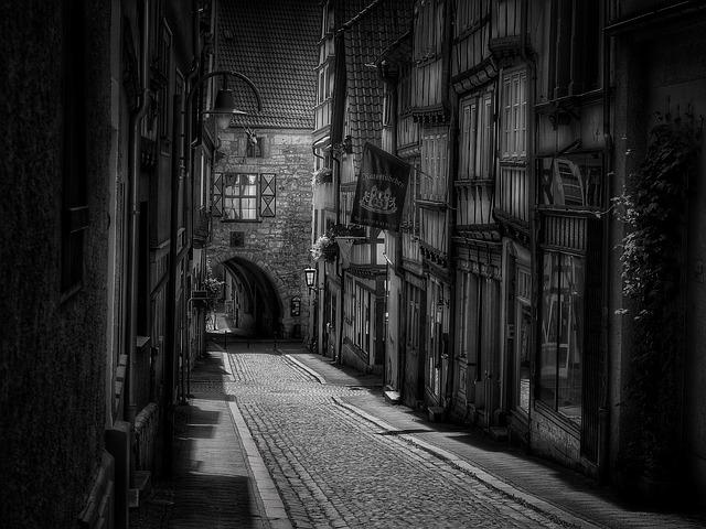 Road, Town, Paved, Old Town, Black White, Truss