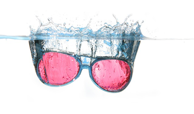 Glasses, Water, Spray, Water Surface, Diving, Blow