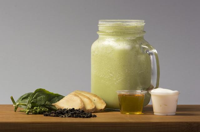 Smoothie, Blue Oolong, Basil, Ginger, Agave Nectar