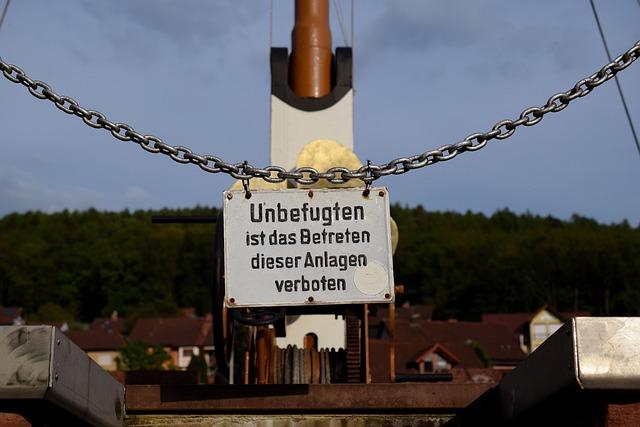 Warnschild, Blue Sky, Ship, Chain, Monument, Warning