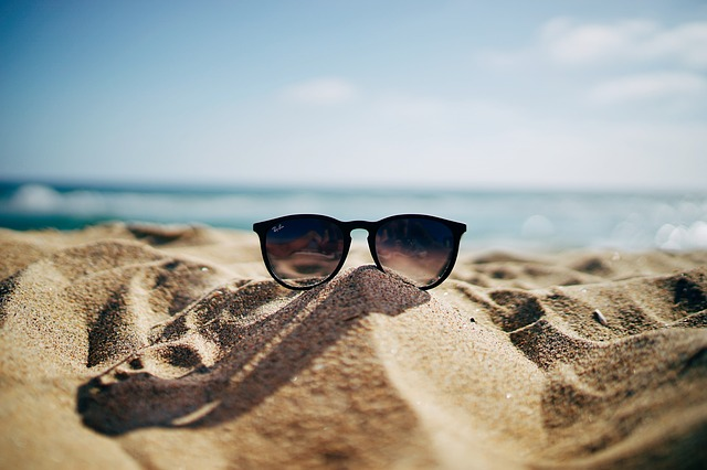 Beach, Blur, Close-up, Coast, Eyeglasses, Ocean, Sand