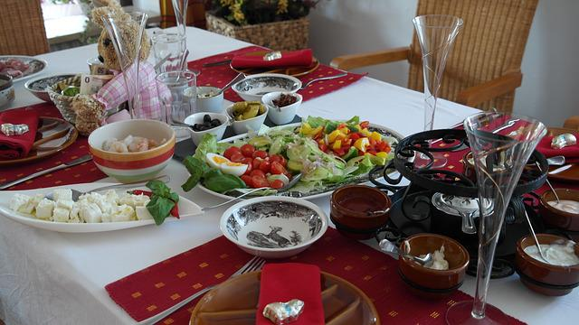 Fondue, Table, Board, Eat, Gedeckter Table, Festival