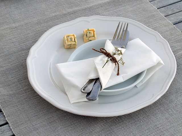 Cover, Plate, Cutlery, Eat, Board, Knife, Fork