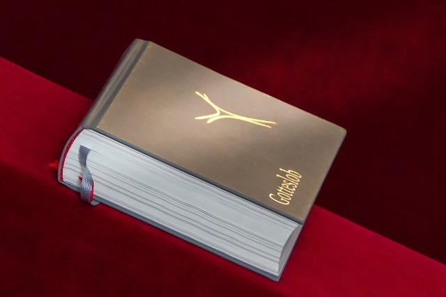 Prayer Book, Church, Pray, Christian, Religion, Book