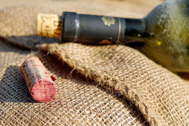 Cork, Bottle Corks, Wine Corks, Red Wine
