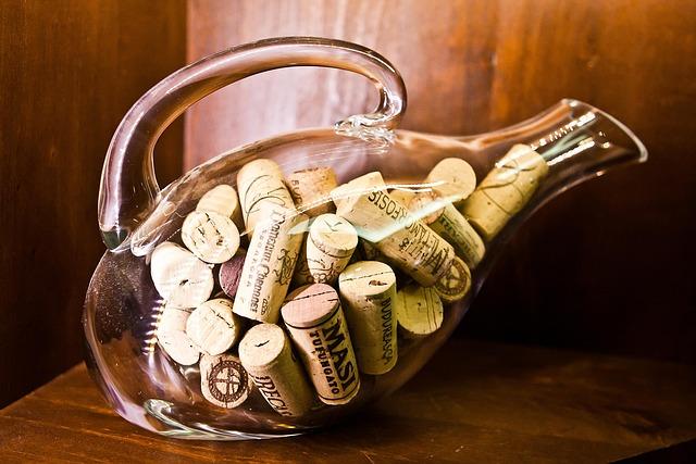 Cork, Plugs, Bottle, Beverage, Carafe, Brown Bottle