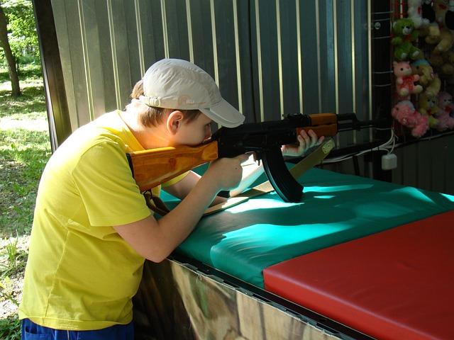 Shooting Gallery, Attraction, Kalashnikov, Boy, Target