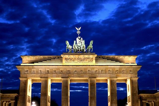 Brandenburg Gate, Potsdam Place, Night, Clouds