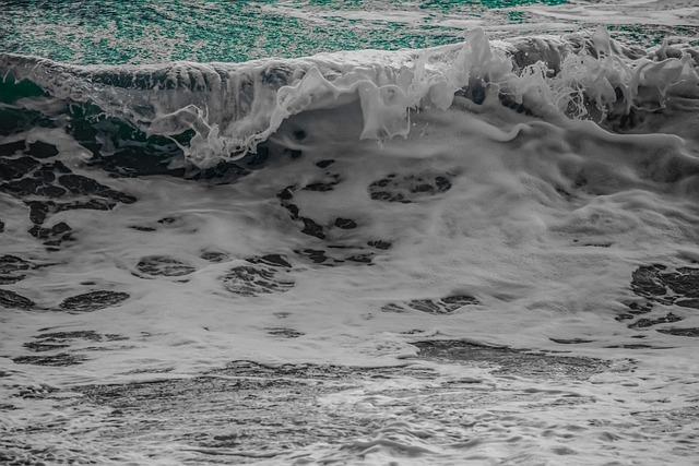 Wave, Breaking, Water, Ocean, Sea, Splash, Spray, Foam