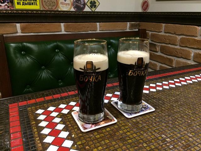 Beer, Pub, Brick, Drinks, Light Beer, Dark Beer