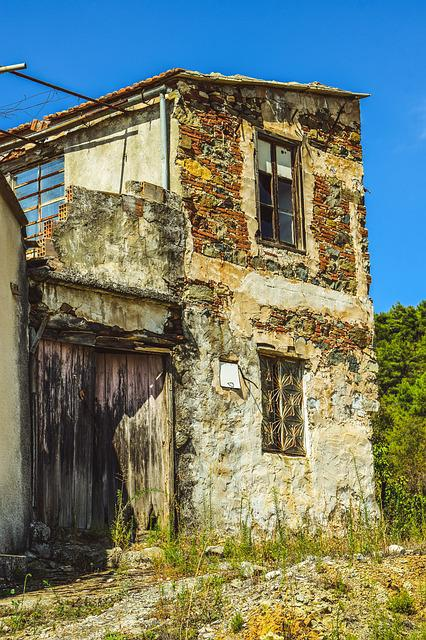 House, Old, Abandoned, Aged, Weathered, Decay, Broken