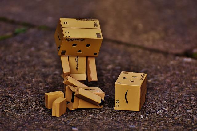 Danbo, Sad, Fig, Broken, Friends, Death, Miss, Cute