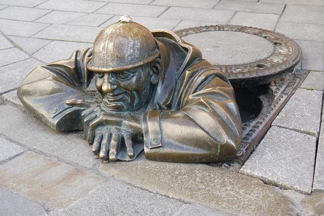 Sculpture, Bratislava, Channel, Bronze