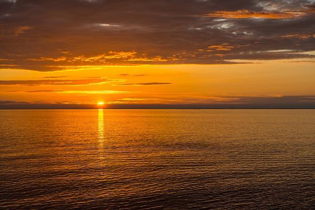 Sun, Sea, Evening, Brown Sun, Brown Sea, Brown Ocean