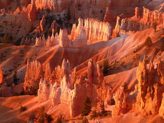 Bryce Canyon, National Park, Sunrise At Bryce Canyon