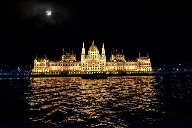 Budapest, Parliament, Hungary, Danube, Evening, Water