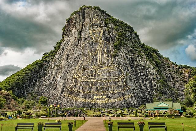 Laser Buddha Mountain, Buddhist Temple Complex Thailand
