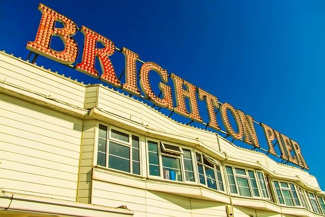 Brighton Pier, The Inscription, Building
