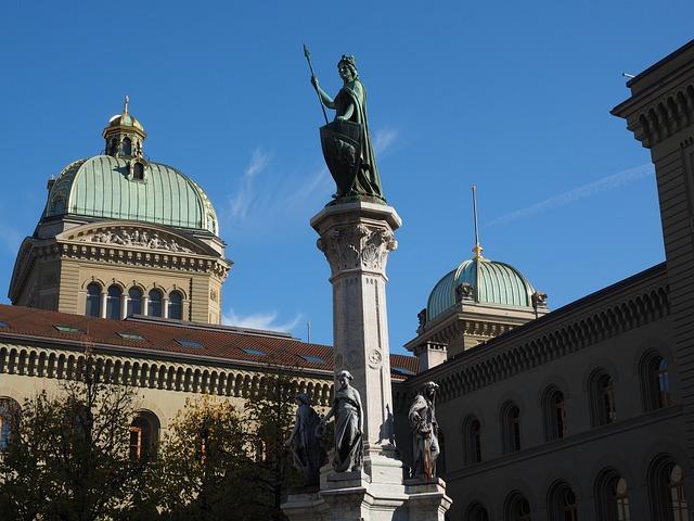 Statue, Bern, Bundeshaus, Berna, Bernabrunnen