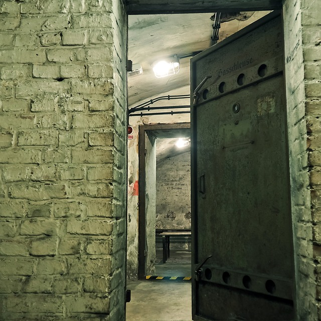 Bunker Air-raid Shelter World War Bombing & Free photo The Door Shelter Underground Bunker - Max Pixel