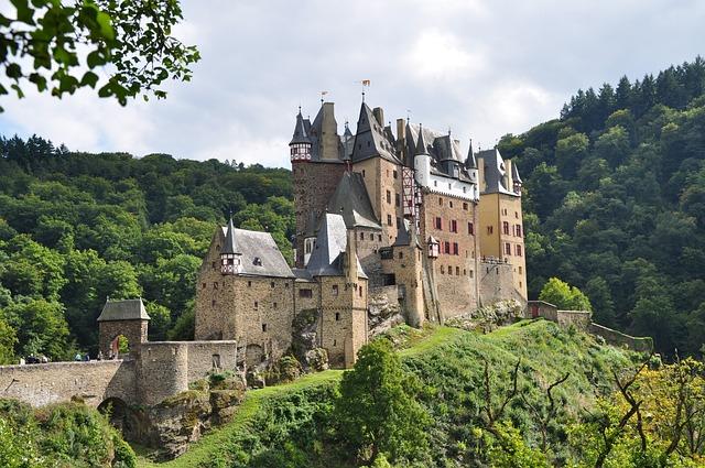 Burgeltz, Mosel, Castle