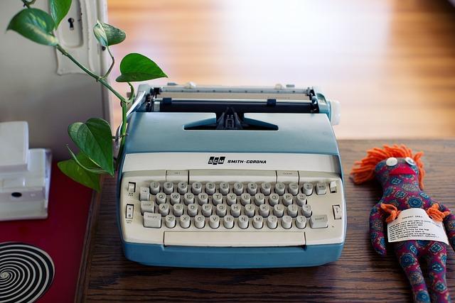Typewriter, Writing, Office, Desk, Business