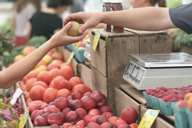 Apples, Farmers Market, Business, Buy, Deal, Fruits