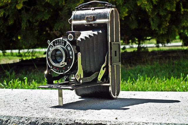 Camera, Retro, Photo, Monument