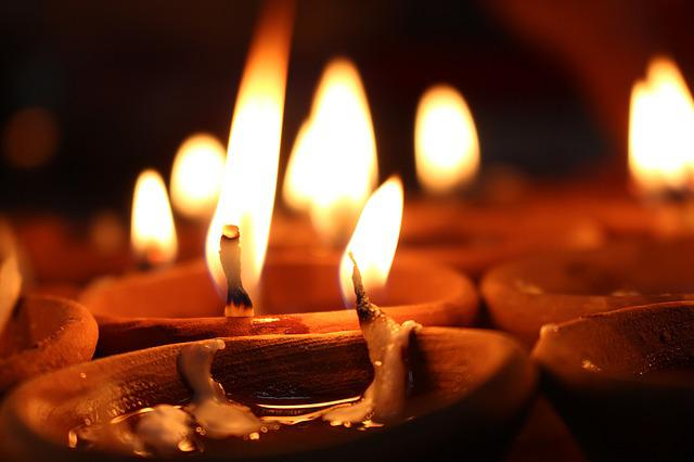 Candles, Candlelight, Flames, Burning, Light, Flame