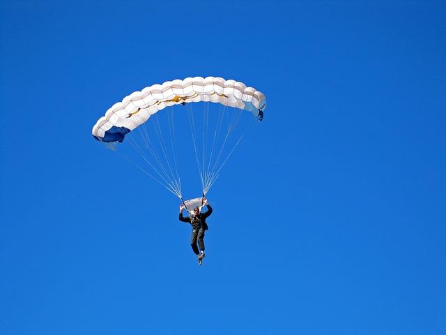 Parachutist, Parachute, Jump, Canopy, White, Open, Sky