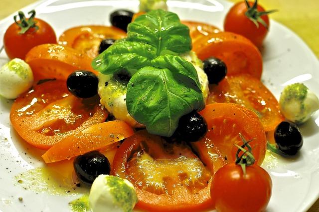Caprese, Mozzarella, Tomatoes, Basil, Tomato Mozzarella