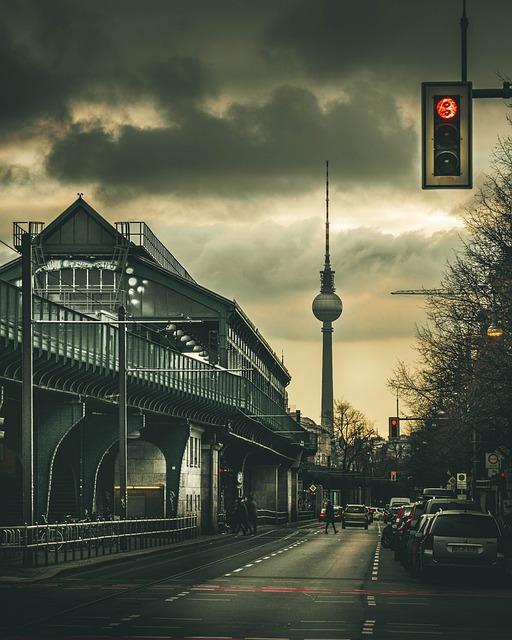 Berlin, Germany, City, Traffic Light, Cars