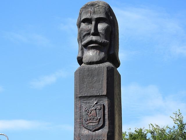 Monument, Wood Memorial, Carving, Hungary, Balint Torok
