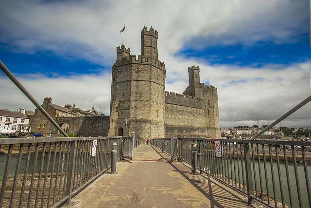 Caernarfon Castle, Castle, Monument, Wales