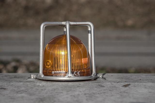 Warning Light, Orange, Clue Lamp, Caution, Attention