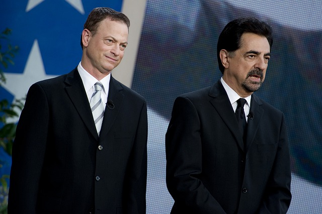 Gary Sinise, Joe Mantegna, Actors, Celebrities, Know