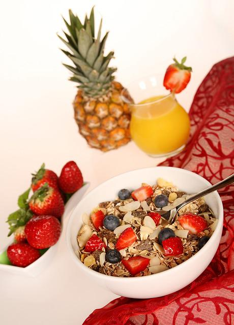 Muesli, Cereals, Oatmeal, Fruit, Strawberries