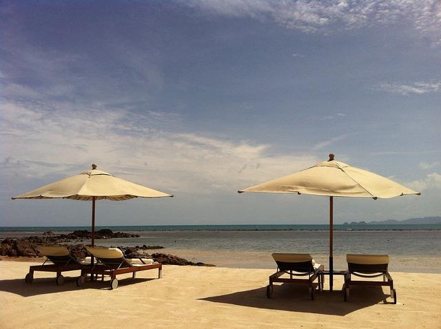 The Upper Electrode, Beach, Parasol, Chair, Break