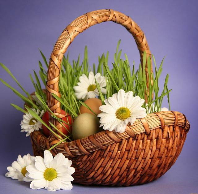 Basket, Grass, Chamomile
