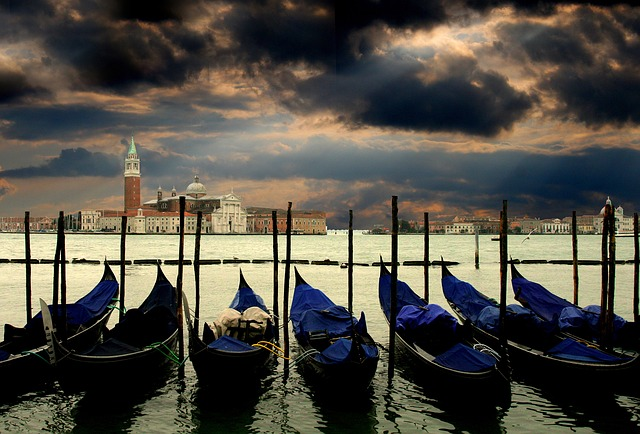 Gondolas, Port, Canal, Waterway, Channel, Boats, Gloomy
