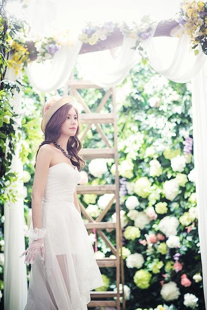 Wedding Dresses, Fashion, Character, White Dress, Bride