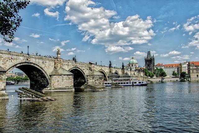Charles Bridge, Bridge, Vltava, Ship, Prague